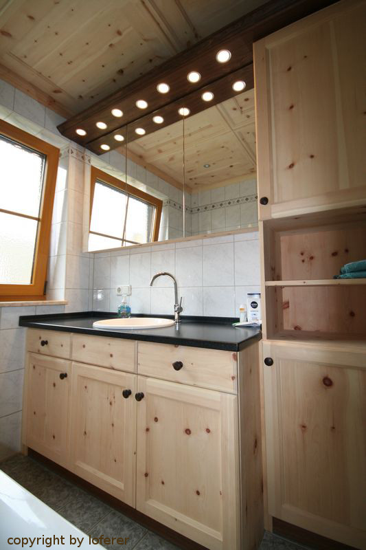 Bad aus Zirbenholz