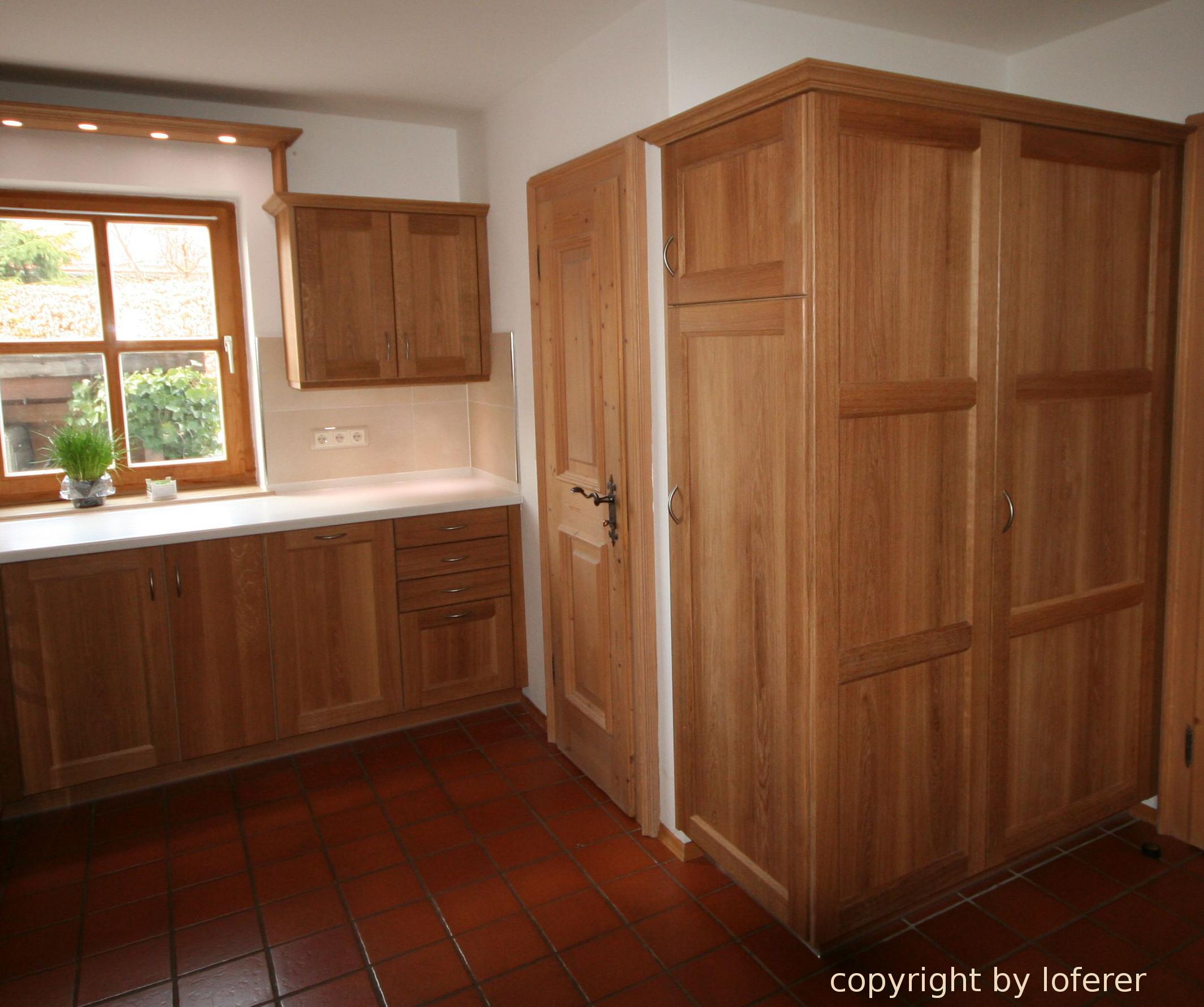 Hochschrank Küche Kühlschrank ~ Küche Eiche massiv Hochschrank für Kühlschrank und Regalschrank