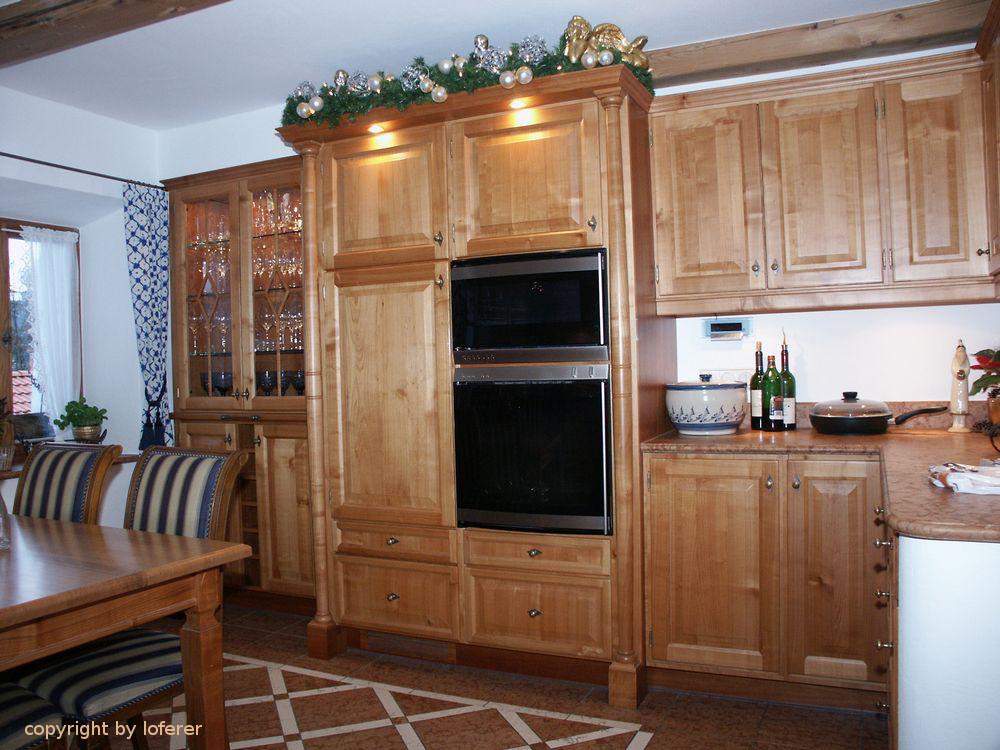 Küche in Kirschbaum