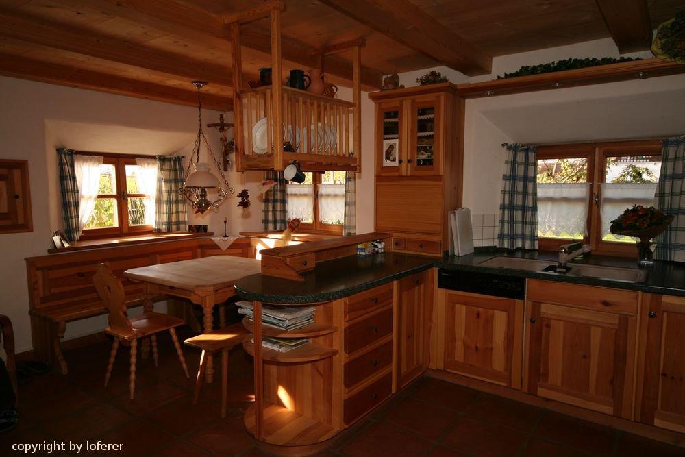 k che in kiefer mit eckbank und tisch loferer ihr profi f r anspruchsvolles wohnen. Black Bedroom Furniture Sets. Home Design Ideas