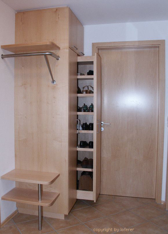 Ahorn Garderobe