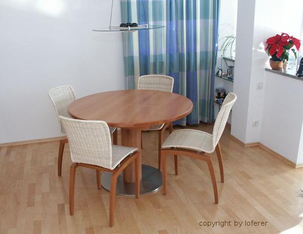 Tisch Birnbaum rund