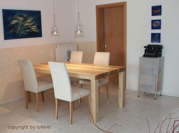 Tisch in Esche